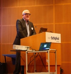 http://www.asser.nl/media/2518/olivier-ribbelink-schiphol-lecture.jpg?width=240px&height=250px